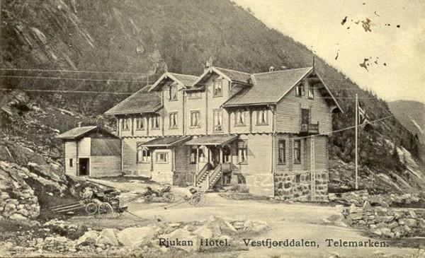 Rjuakn Hotel. Vestfjorddalen, Telemarken.