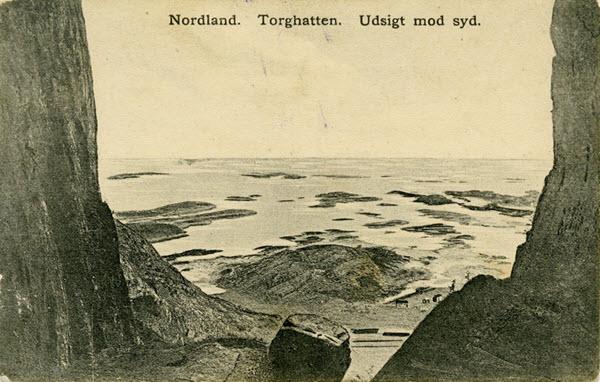 Nordland. Torghatten. Udsigt mod syd.