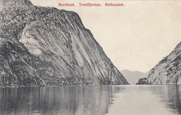 Nordland. Troldfjorden. Raftsundet.