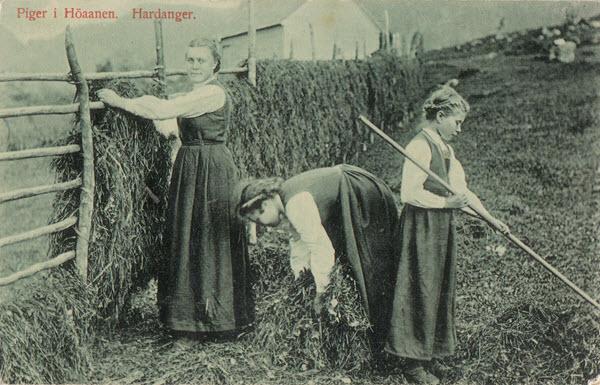 Piger i Höaanen. Hardanger